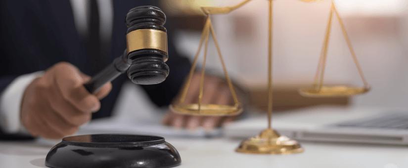 Promulgada la Ley 2101 por la cual se reduce la jornada laboral